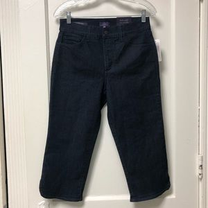 NWT NYDJ Ariel Blue Crop Jeans Enzyme Wash Stretch